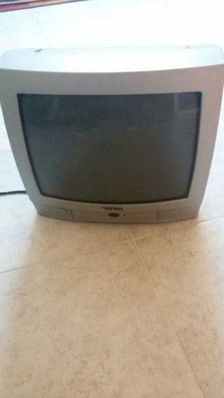 """Televisión 14"""""""