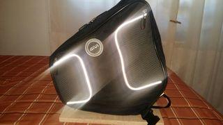 maleta de tunel para scooter GIVI
