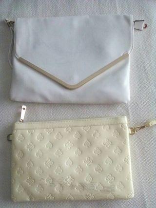 dos bolsos blanco y crema