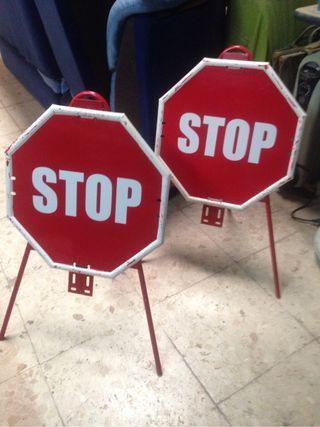 Señales stop con soporte