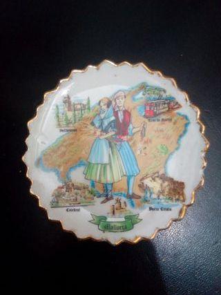 vintage souvenir