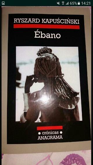 Libro de lectura Ébano (Ryszard Kapuscinski)