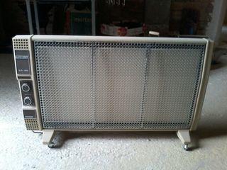 Radiador eléctrico marca Superser de 1500 watios