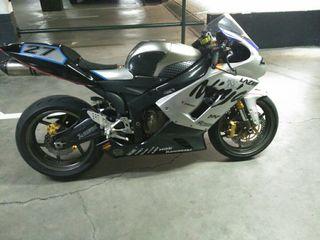 Kawasaki zx6r 636