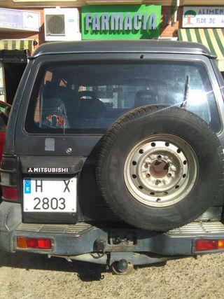coche 4x4 con utv incluido