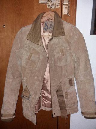 chaqueta ante stradivarius talla s