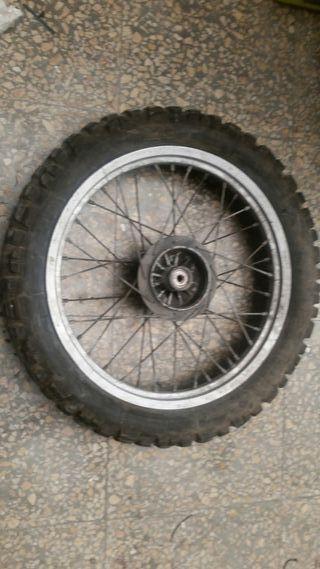 rueda moto 18 pulgadas