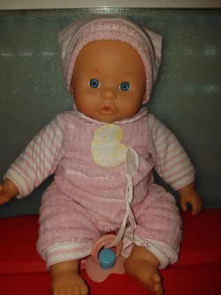 muñeco Famosa