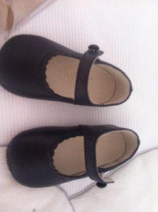 Mano NiñaEl Segunda € Corte Inglés Bebé Zapatos En De Por 10 N8nwm0v