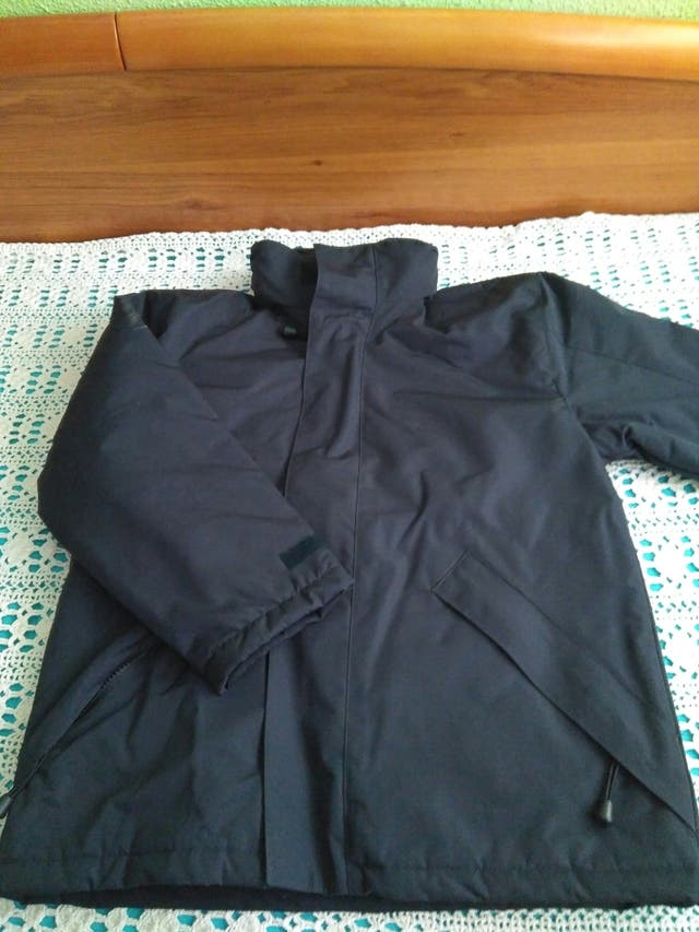 chaqueta impermeable Roly. T:12