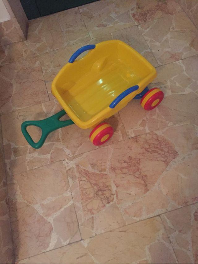 carro para trasladar juguetes, arena, ect