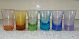 Juego de 5 vasos multicolor de chupito
