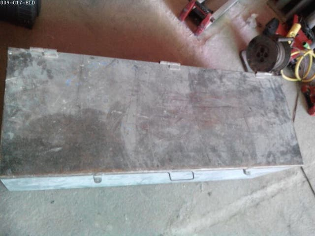 Baul caja herramientas metálico 1.36 x 0.50 duro