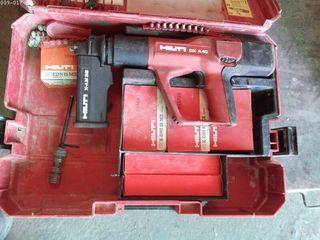 Lote pistola impacto DX A-40 cartuchos y clavos