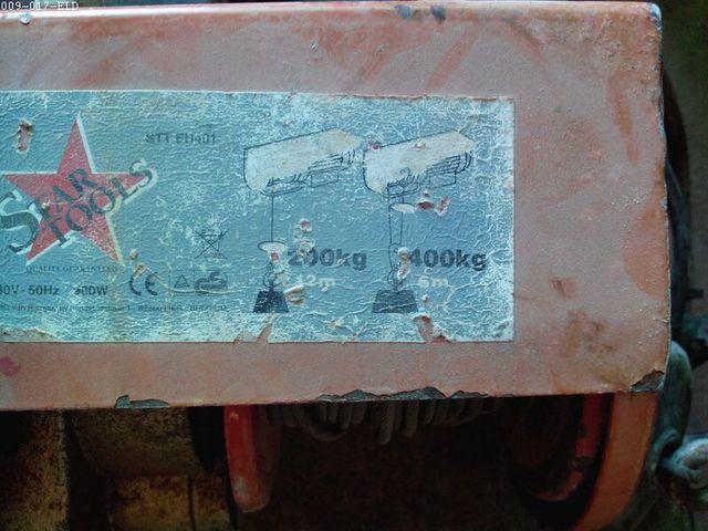 Polipasto cabrestante 400 kg para Mastil obra braz