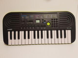 Teclado electrónico Casio