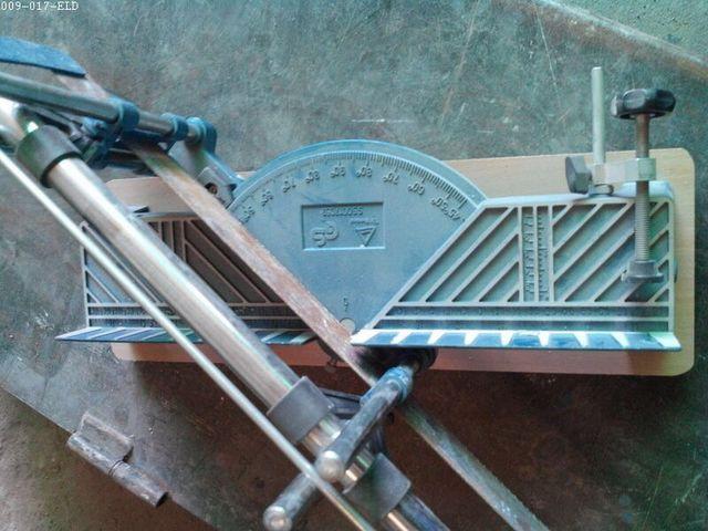 Sierra ingletadora manual corte precisión