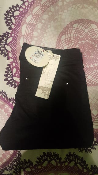 Pantalon negro super pitillo