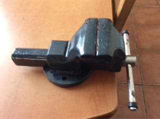 Tornillo de banco de acero