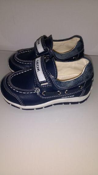Zapatos Geox bebé NUEVOS
