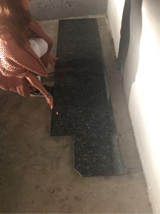 Bancada de granito 2.00 m x 50 cm