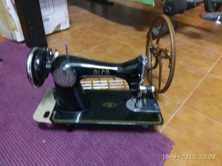 maquina de coser añs 50 alfa