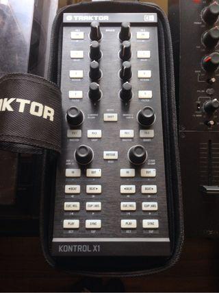 Kontrol X1 + Funda Original
