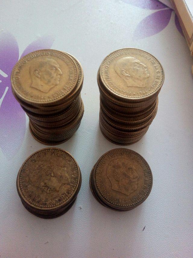 pesetas de franco y juan carlos