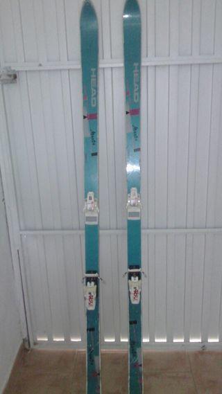 Esquís,botas y bastones todo el equipo por 25€