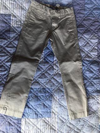 Pantalon niño gris talla 6