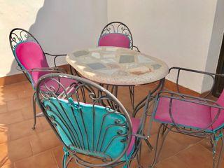 Conjunto mesa y sillas forja