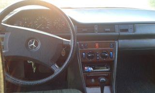 Mercedes-Benz 230E 1986