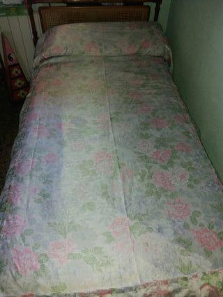 2 Colchas cama de 90