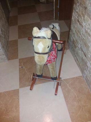 caballo de jugete