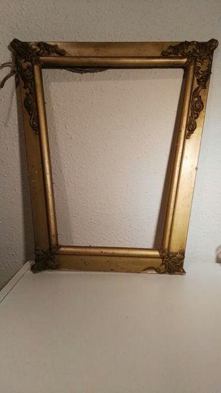 Marco de espejo para restaurar