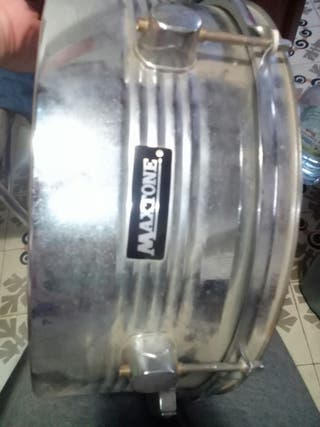 caja de percusión Maxtone