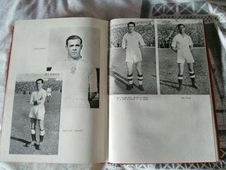 Libro de Oro del Real Madrid 1902-1952 segunda mano  España