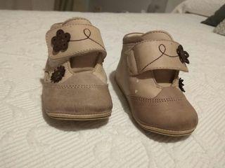 botas marca crios talla 19