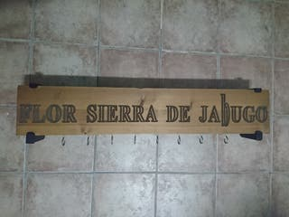 Jamonero de pared