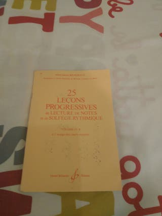 Libro lectura,notas, solfeo rítmico 1° Profesional