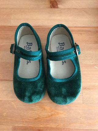 Zapato verde talla 22
