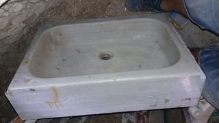 vendo antiguo fregadero de mármol