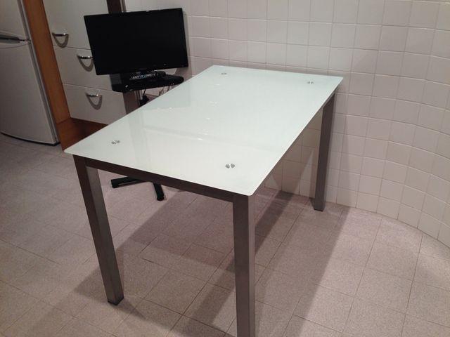 Mesa cocina cristal templado de segunda mano por 65 € en Valencia en ...