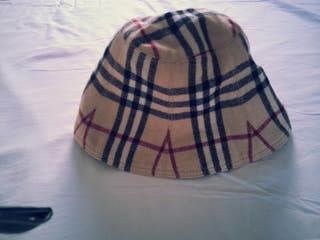 Sombrero mujer Burberry