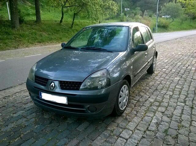 Renault Clio 5 puertas y 94000km