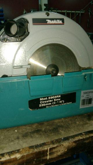 sierra circular makita modelo 5903RK