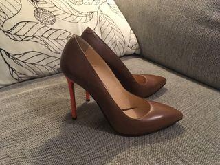 Zapatos de tacón talla 39-40