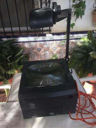 RETROPROYECTOR 3M. Sirve como Mesa de luz