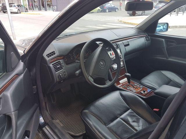 Mercedes-Benz Clase E 3000