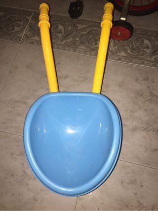 Carretilla juguete